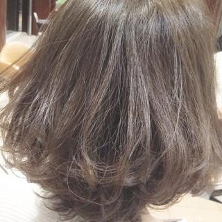 ナチュラル アッシュグレージュ 色気 ボブ ヘアスタイルや髪型の写真・画像