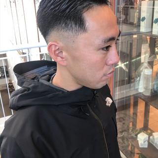 ストリート ショート スキンフェード メンズ ヘアスタイルや髪型の写真・画像