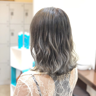 外国人風カラー 外国人風 ミディアム グレージュ ヘアスタイルや髪型の写真・画像