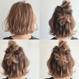 ヘアアレンジ ガーリー グレージュ ボブ ヘアスタイルや髪型の写真・画像