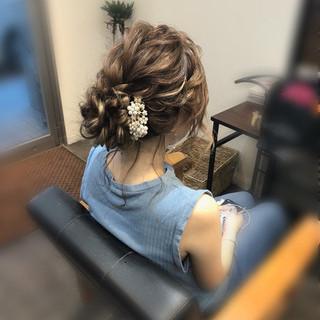 アップ ねじり ヘアセット ヘアアレンジ ヘアスタイルや髪型の写真・画像