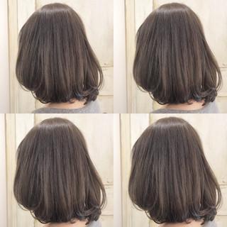 外国人風カラー ナチュラル 大人女子 アッシュ ヘアスタイルや髪型の写真・画像
