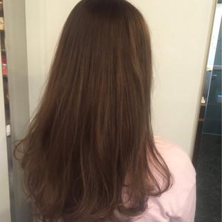 フェミニン ロング ゆるふわ アッシュ ヘアスタイルや髪型の写真・画像