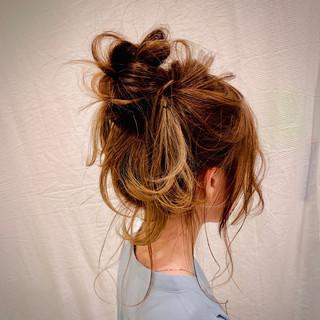 簡単ヘアアレンジ セミロング ヘアアレンジ フェミニン ヘアスタイルや髪型の写真・画像
