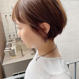 デート オフィス ショートボブ ナチュラル ヘアスタイルや髪型の写真・画像