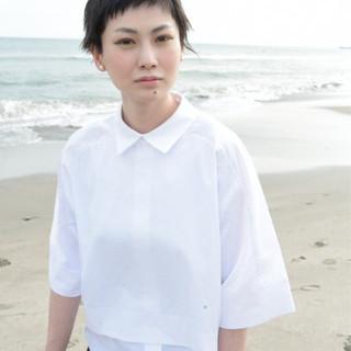 外国人風 黒髪ショート モード 黒髪 ヘアスタイルや髪型の写真・画像