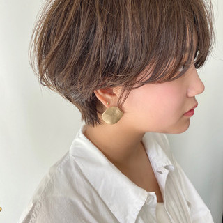 小顔ショート ナチュラル ショート 大人ショート ヘアスタイルや髪型の写真・画像