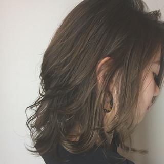 透明感 ミディアム 大人かわいい 秋 ヘアスタイルや髪型の写真・画像