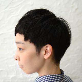 サイドアップ ショート オン眉 外国人風 ヘアスタイルや髪型の写真・画像