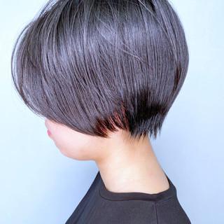 ショートボブ ショートヘア 簡単スタイリング ナチュラル ヘアスタイルや髪型の写真・画像