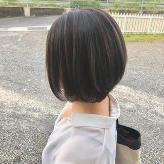 ナチュラル ハイライト 縮毛矯正 ショートボブ ヘアスタイルや髪型の写真・画像
