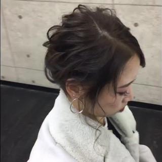セミロング パーティ エレガント 上品 ヘアスタイルや髪型の写真・画像