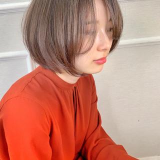 イルミナカラー ナチュラル ショート ショートボブ ヘアスタイルや髪型の写真・画像
