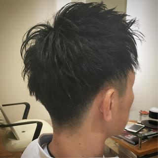 アップバング メンズ ツーブロック ストリート ヘアスタイルや髪型の写真・画像
