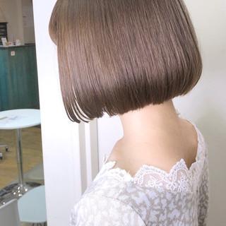 ミルクティーベージュ シアーベージュ ベージュ ナチュラル ヘアスタイルや髪型の写真・画像