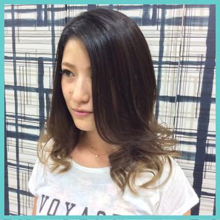 ガーリー 外国人風 グラデーションカラー アッシュ ヘアスタイルや髪型の写真・画像