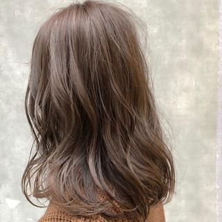 デート 簡単ヘアアレンジ ハイライト ナチュラル ヘアスタイルや髪型の写真・画像