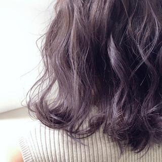 ラベンダーアッシュ ボブ パープル グレージュ ヘアスタイルや髪型の写真・画像