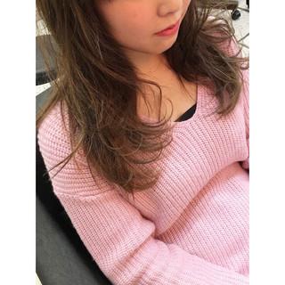 ハイライト ピンク ガーリー グレージュ ヘアスタイルや髪型の写真・画像