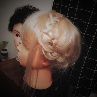 かわいい セミロング ヘアアレンジ 編み込み ヘアスタイルや髪型の写真・画像