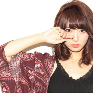 黒髪 外国人風 ミディアム 渋谷系 ヘアスタイルや髪型の写真・画像