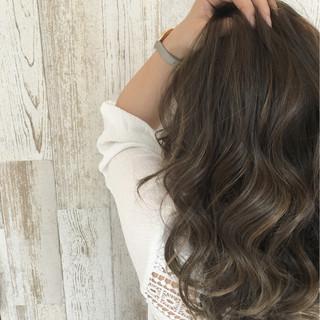 暗髪 ストリート 外国人風 ロング ヘアスタイルや髪型の写真・画像