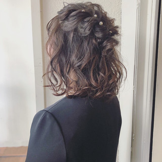簡単ヘアアレンジ ボブ フェミニン デート ヘアスタイルや髪型の写真・画像
