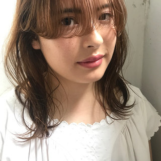 秋 フェミニン 透明感 パーマ ヘアスタイルや髪型の写真・画像