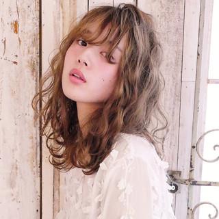 セミロング こなれ感 大人女子 デート ヘアスタイルや髪型の写真・画像