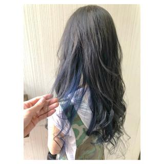 インナーブルー ネイビーブルー 大人可愛い ナチュラル ヘアスタイルや髪型の写真・画像