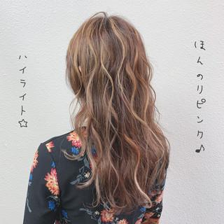 ラベンダーアッシュ フェミニン ハイライト ピンクグレージュ ヘアスタイルや髪型の写真・画像