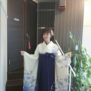 着物 袴 ナチュラル 巻き髪 ヘアスタイルや髪型の写真・画像