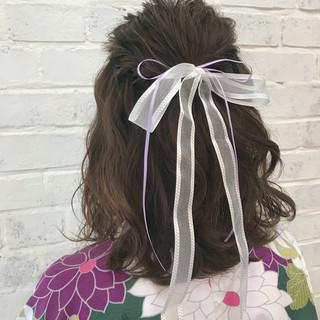 ハーフアップ ガーリー ミディアム ヘアアレンジ ヘアスタイルや髪型の写真・画像