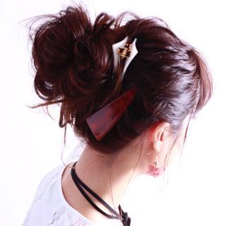ガーリー ヘアアレンジ お団子 ゆるふわ ヘアスタイルや髪型の写真・画像