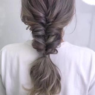 簡単ヘアアレンジ ヘアアレンジ セミロング 編みおろし ヘアスタイルや髪型の写真・画像