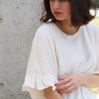 ミディアム 前髪あり 色気 ナチュラル ヘアスタイルや髪型の写真・画像