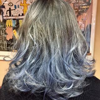 ブルー ブルージュ 暗髪 艶髪 ヘアスタイルや髪型の写真・画像