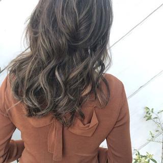 ヘアアレンジ オフィス デート セミロング ヘアスタイルや髪型の写真・画像