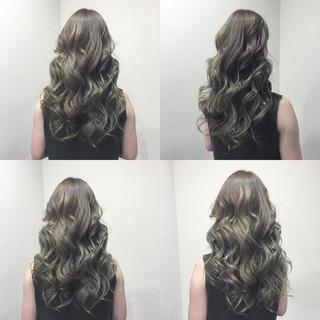 セミロング 外国人風 ストリート アッシュ ヘアスタイルや髪型の写真・画像