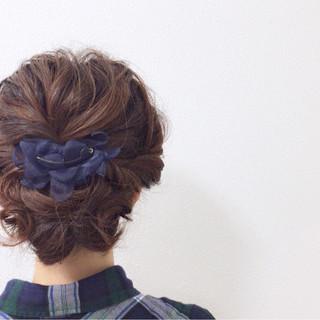 デート フェミニン ミディアム まとめ髪 ヘアスタイルや髪型の写真・画像