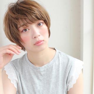 色気 アッシュ ショート 斜め前髪 ヘアスタイルや髪型の写真・画像
