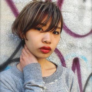 アッシュ ハイライト 外国人風 暗髪 ヘアスタイルや髪型の写真・画像
