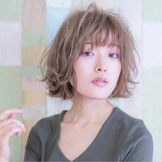 デート ゆるふわ こなれ感 ナチュラル ヘアスタイルや髪型の写真・画像