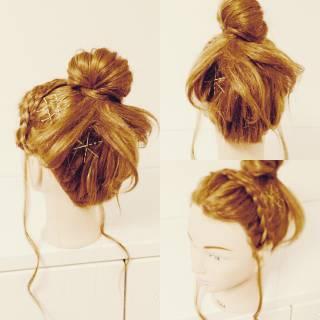 ヘアアレンジ ガーリー セルフヘアアレンジ 三つ編み ヘアスタイルや髪型の写真・画像