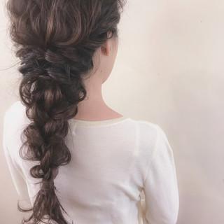 大人かわいい デート ヘアアレンジ 結婚式 ヘアスタイルや髪型の写真・画像