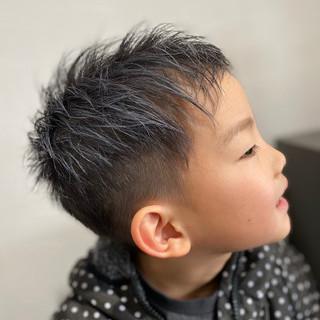 ナチュラル かりあげ ツーブロック ベリーショート ヘアスタイルや髪型の写真・画像