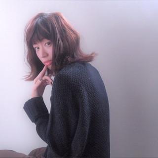 大人女子 冬 アッシュ 色気 ヘアスタイルや髪型の写真・画像