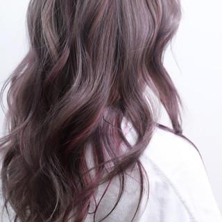 ラベンダーアッシュ フェミニン ヘアアレンジ セミロング ヘアスタイルや髪型の写真・画像