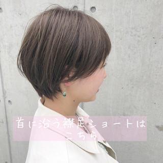 ショートヘア デート 透明感カラー ナチュラル ヘアスタイルや髪型の写真・画像