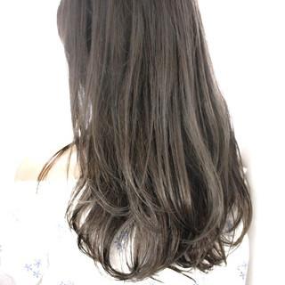 セミロング ハイライト 外国人風カラー アッシュ ヘアスタイルや髪型の写真・画像